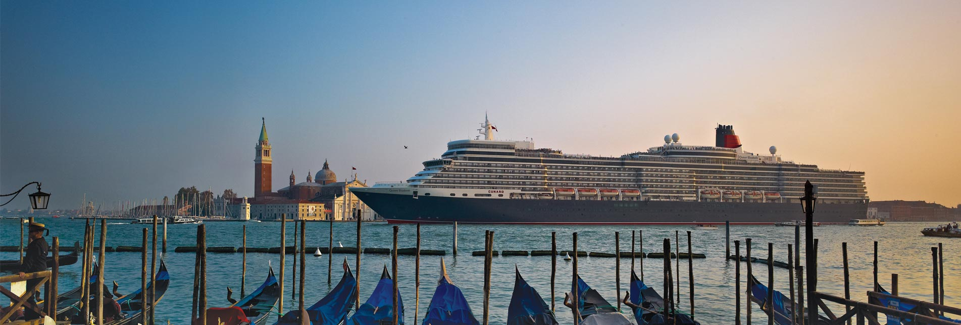 Cunard Queen Elizabeth in Venice